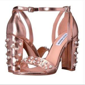 NWOT Steve Madden Rose Gold Pearl Stud Heels